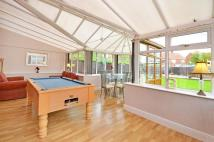 4 bed semi detached house for sale in Pinewood Grove...