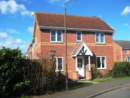3 bedroom semi detached house to rent in Howarth Close...