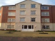 2 bed Flat to rent in Mountbatten Way...