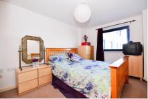 1 bedroom Flat in Forest Lane, London, E15