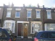 2 bedroom house in Faringford Road, London...