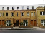 Westferry Road Flat to rent