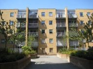 1 bedroom Flat in Cassilis Road, London...