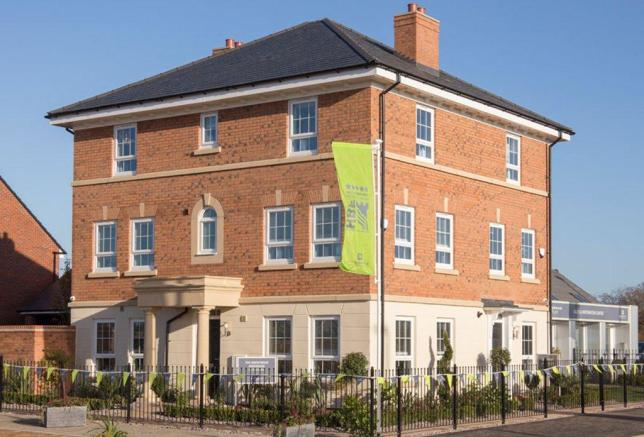 Brentwood and Faversham Gatehouse Show Homes