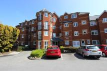 Flat for sale in Monmouth Court...