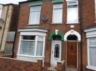 4 bed Terraced house to rent in Manvers Street, Hull, ...