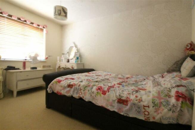 Bedroom no.1 rear double: