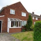 3 bedroom End of Terrace house for sale in Walnut Drive, Winsford...