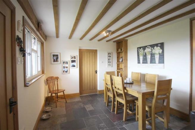 Dining area and Livi
