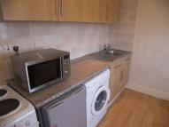 Apartment to rent in Woolwich High Street...