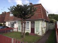 2 bed semi detached house in Elizabeth Road, Brandon