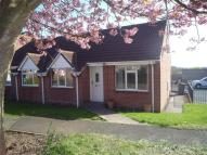2 bed Bungalow in Kelcbar Close, Tadcaster