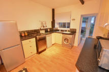 2 bed Terraced home to rent in Pontefract Road...