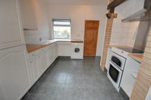 2 bedroom End of Terrace home to rent in Womersley Road...