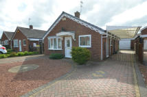 Detached Bungalow to rent in Willow Close, Snaith...
