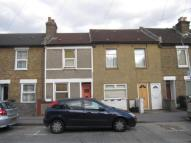 2 bed house in Zion Road...