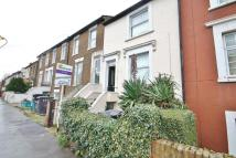 4 bed Terraced home to rent in Albert Road, London, SE25