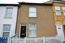 Terraced home to rent in Clifton Road...