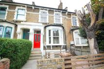 3 bedroom Flat in Brooke Road, N16