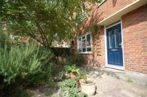 3 bed Flat in Sandbrook Road, London...