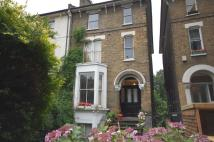 2 bed Flat to rent in Navarino Road, London, E8