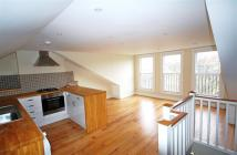 2 bed Flat in Reighton Road, London, E5
