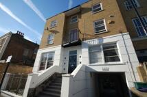 Flat to rent in Shakspeare Walk, London...