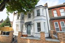 1 bedroom Flat in Avondale Road...