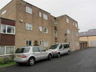 Flat to rent in Bedford Court