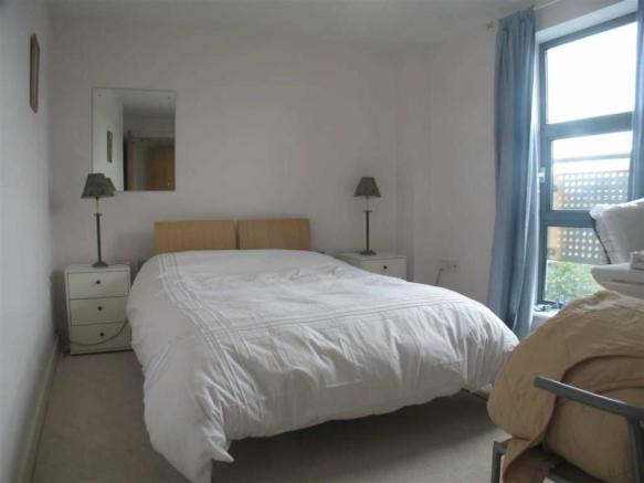 1 bedroom apartment to rent in The Point, 3 Whitehall Place, LS12