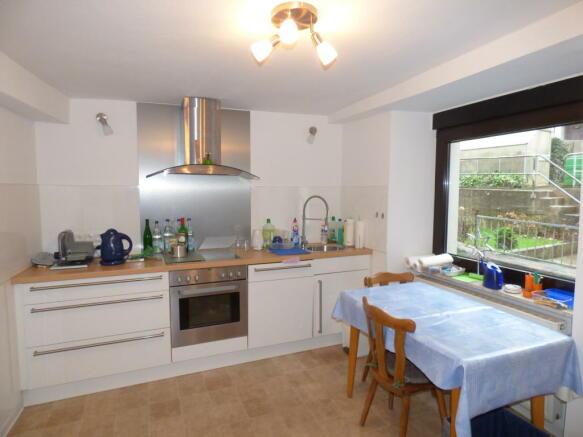 Kitchen gr. floor