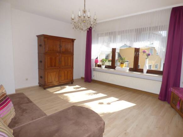 Living room gr. fl.