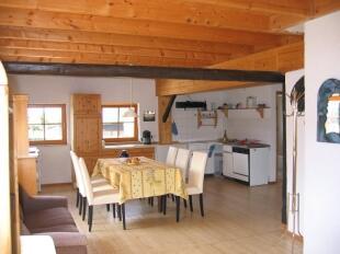 Dining area (Barn)