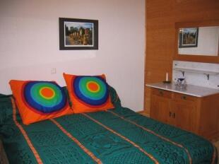 Bedroom (Barn)