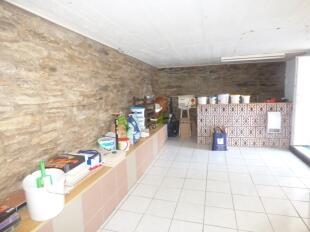 Street cellar