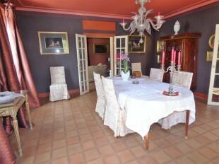 Dining room gr. fl.