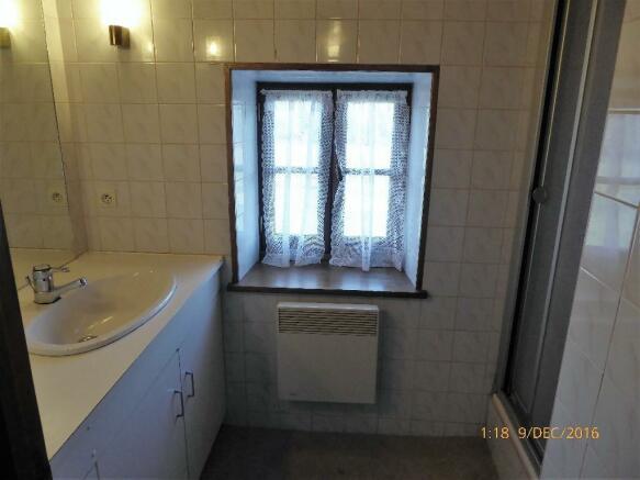 Cottage1 bathroom