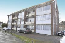 1 bed Flat to rent in Warburton Court...