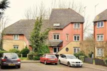 Flat to rent in Sentinel Close, Northolt