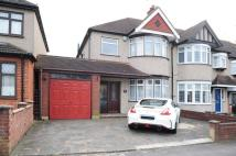 End of Terrace property to rent in Victoria Road, Ruislip