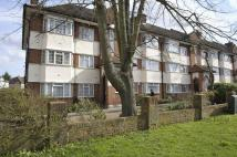 2 bed Flat to rent in Alexandra Avenue, Harrow