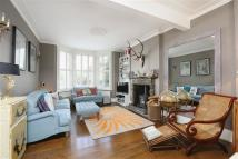 3 bed Terraced house in Bloom Park Road, London