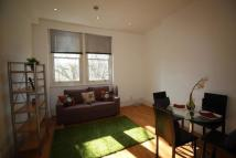 Flat to rent in Holland Road, Kensington...
