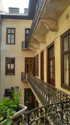 Building,courtyard