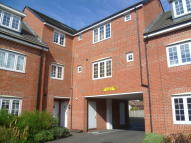 Apartment in Corn Mill Drive...