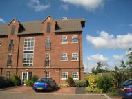 2 bedroom Flat to rent in Cordwainers Court...