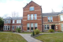 Apartment to rent in Clovelley court, Swinton...