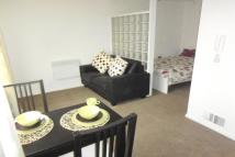 Apartment to rent in Pembroke Court, Swinton...