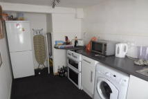 2 bedroom Flat in Church Street, Bingham...