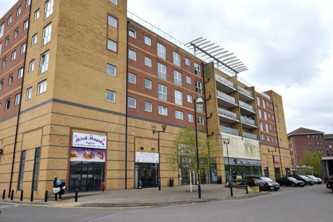 2 bedroom flat for sale in mill court edinburgh gate. Black Bedroom Furniture Sets. Home Design Ideas